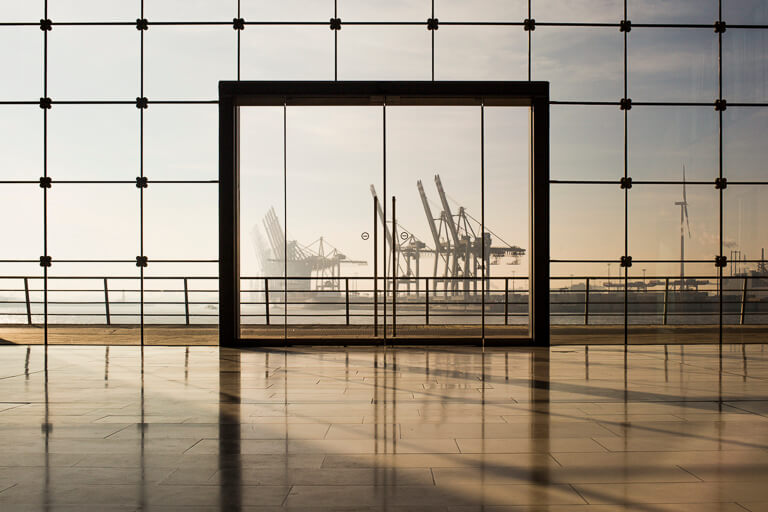 любимое инстаграмное окно в Гамбурге