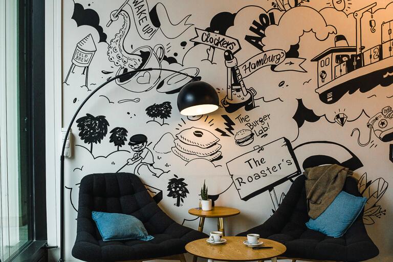 Роспись на стене в кафе Public Coffee Roasters, Гамбург